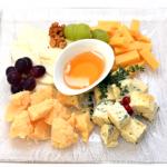 Кейтеринг: сырная тарелка